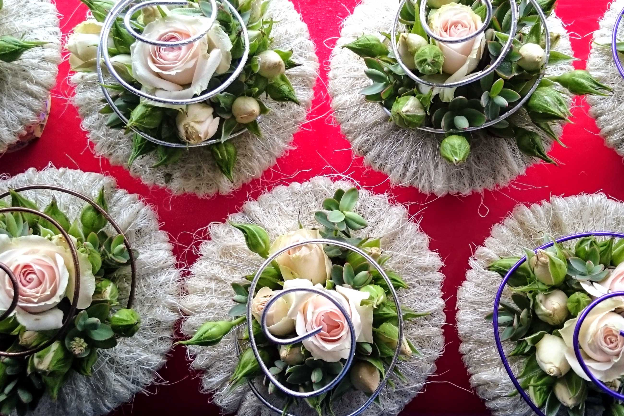Contact banner,floral cupcakes
