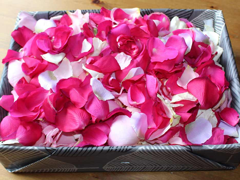 Oadby florist, Wigston florist, Asian funeral flower petals in a box